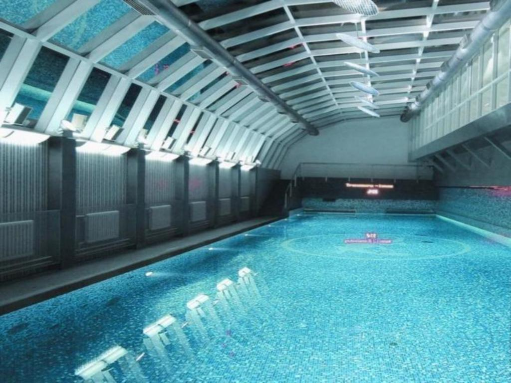 Swimming pool Hotel Savoy Moscow