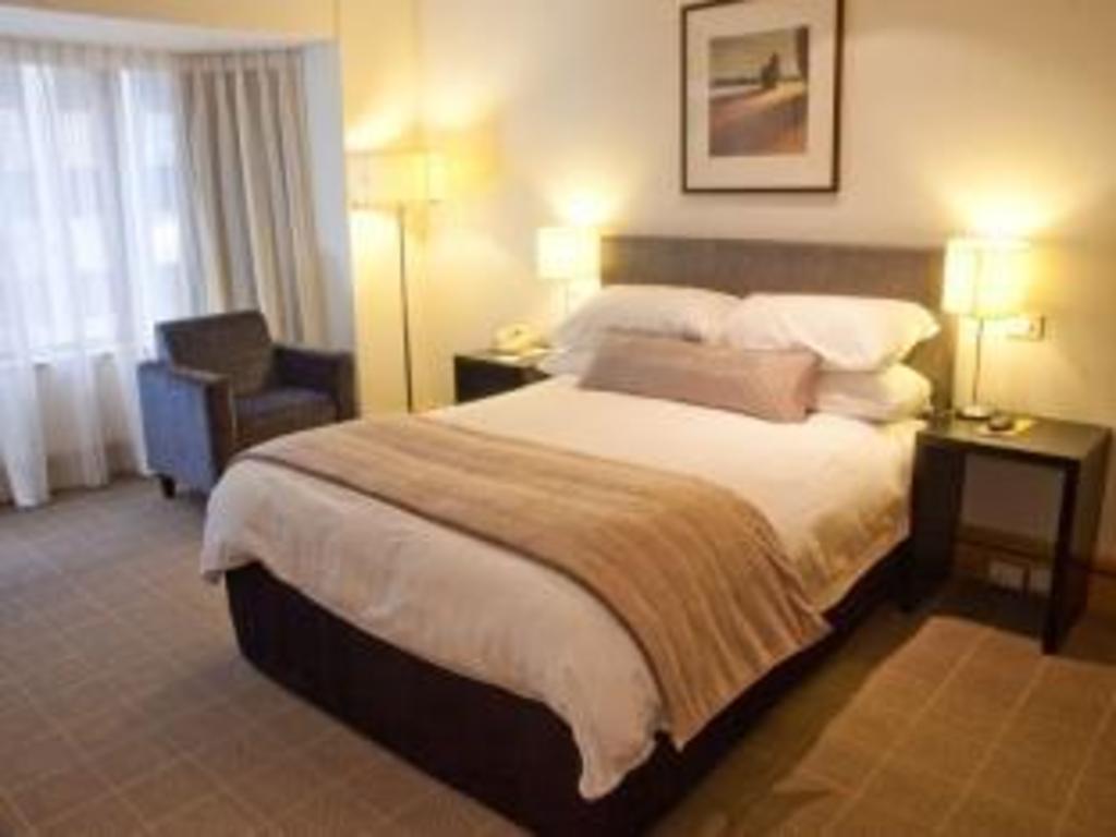 wellington hotel deluxe double. Standard Queen Bed InterContinental Wellington Hotel Deluxe Double