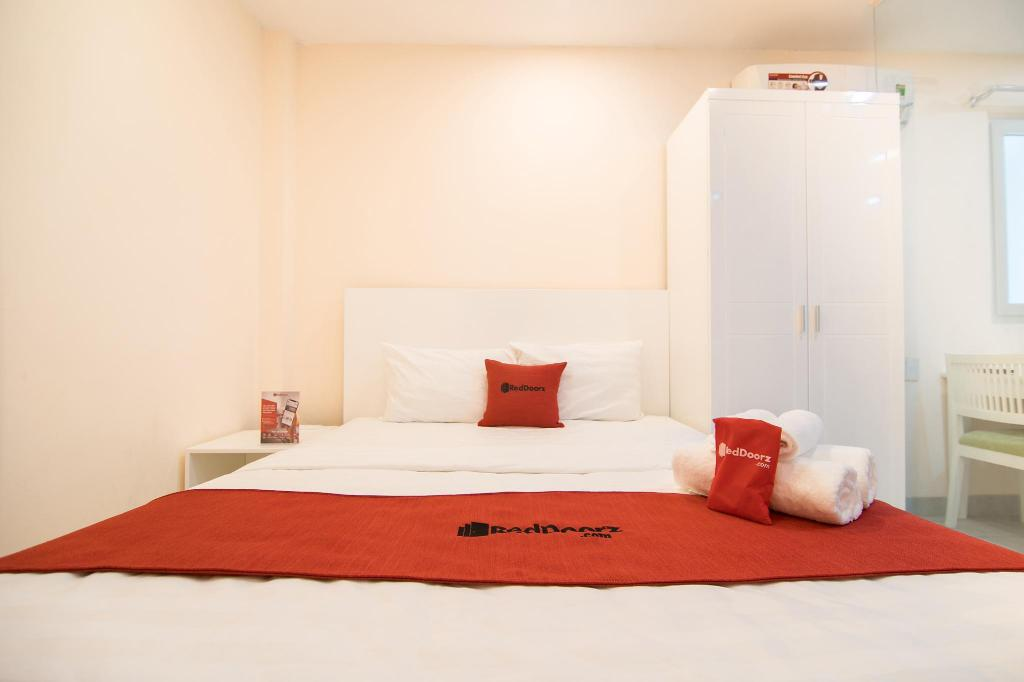 More about RedDoorz Plus near Tan Dinh Market 2