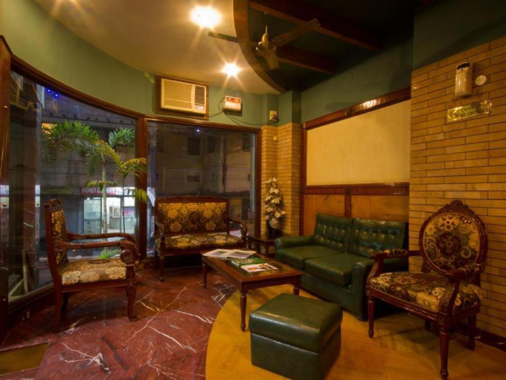 Hotel Sunstar Grand in New Delhi and NCR - Room Deals, Photos & Reviews