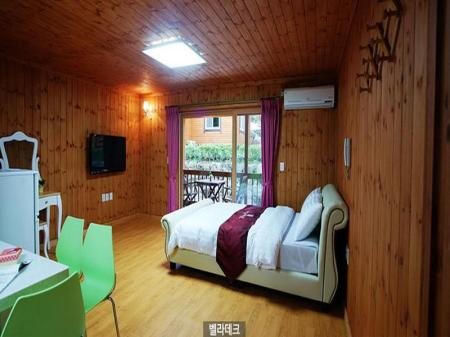 Double Bed room  - Interior view Ive Resort Jeju