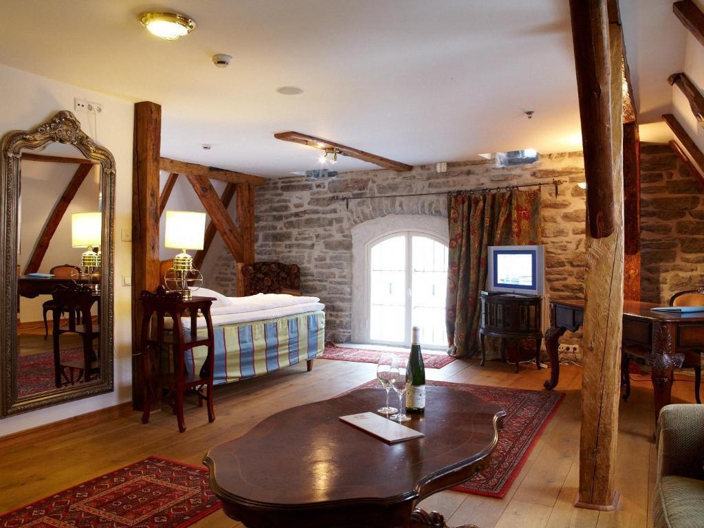 Cru Hotel Room Deals Reviews Amp Photos Tallinn Estonia