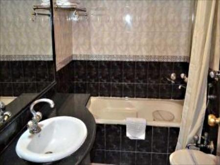 Bathroom Grand Sartaj