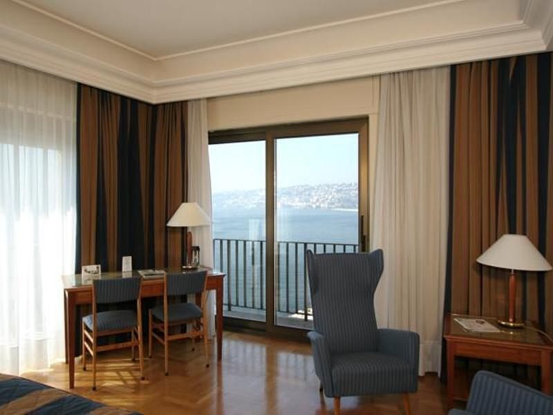 Juunior sviit merevaatega (Junior Suite with Sea View)