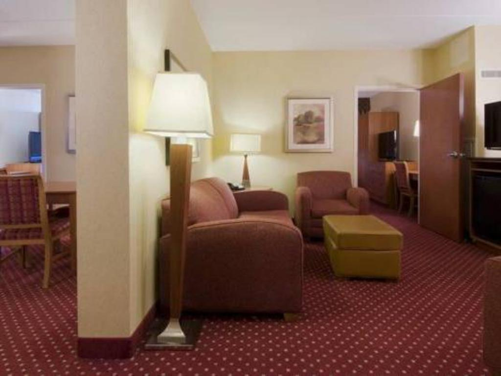 Suite doble per a no fumadors - Habitació Embassy Suites Williamsburg Hotel