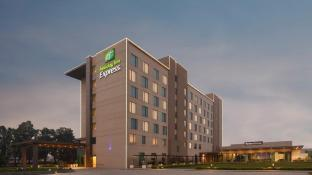 Holiday Inn Express Kolkata Airport