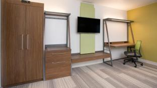 Holiday Inn Express And Suites Millersburg