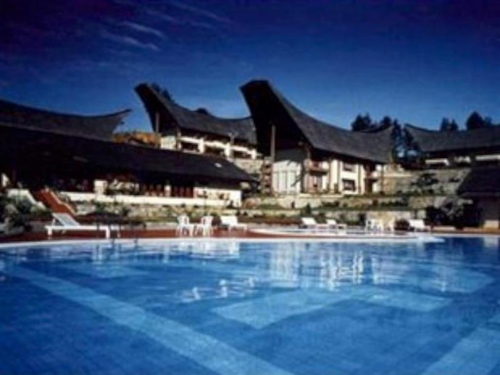 Swimming pool Sahid Toraja Hotel