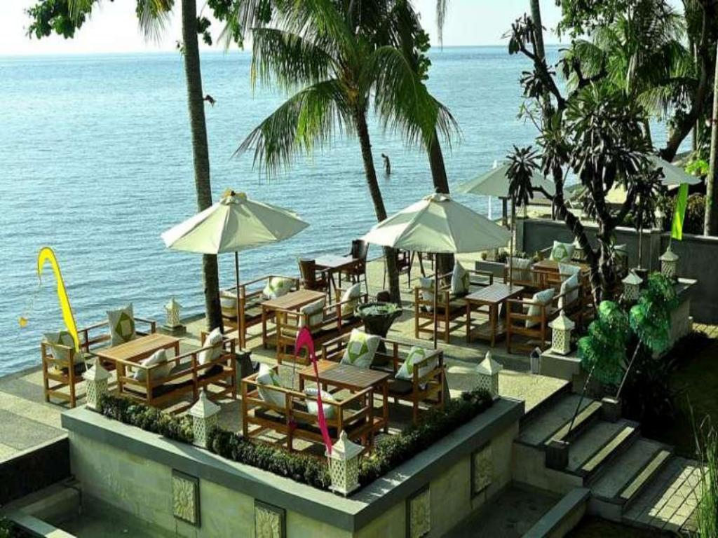 Подробнее о Nugraha Lovina Seaview Resort and Spa