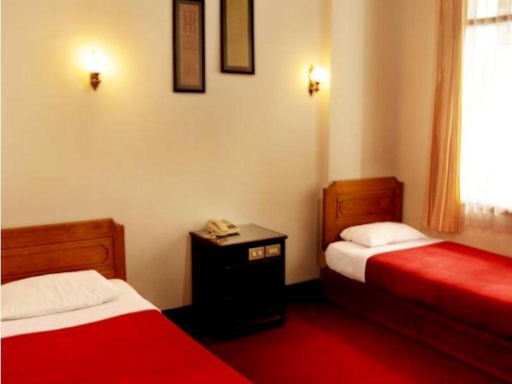 See All 10 Photos Ambun Suri Hotel