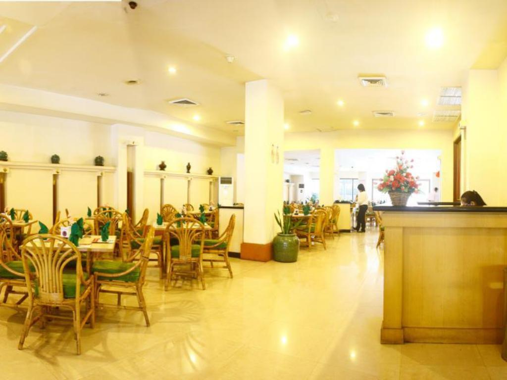 Coffee Shop/Cafenea Hotel Sandjaja