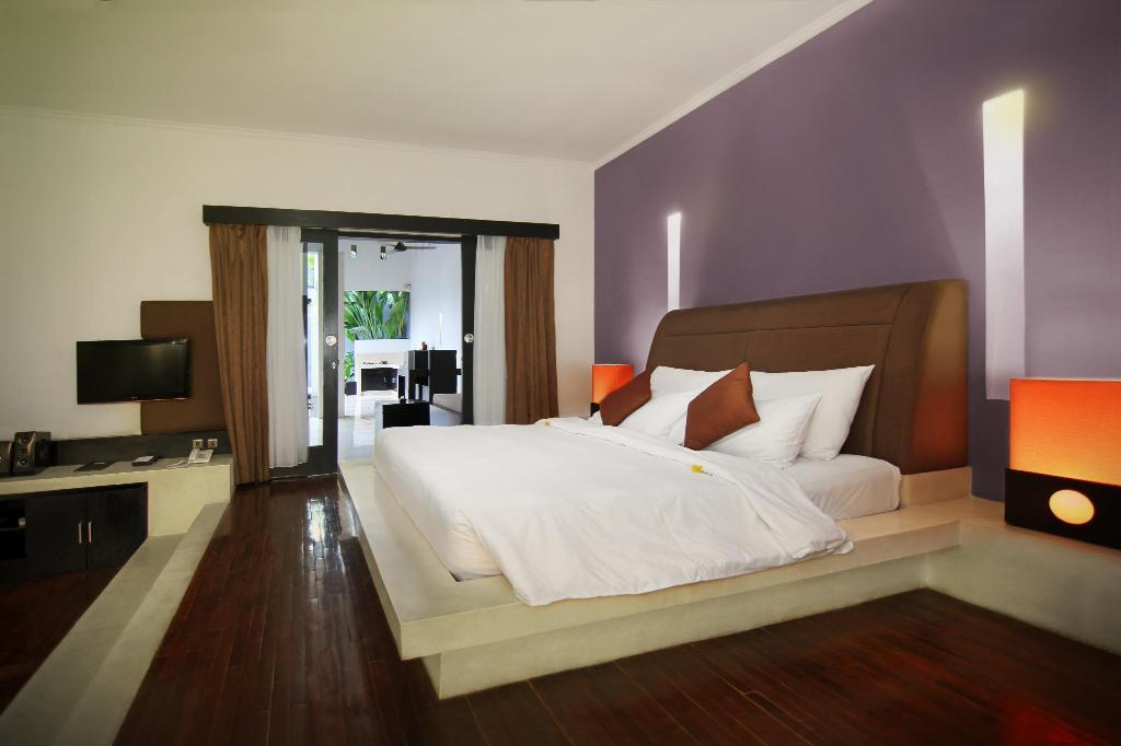 1 Bedroom Pool Villa - Guestroom The Seminyak Suite - Private Villa - By Astadala