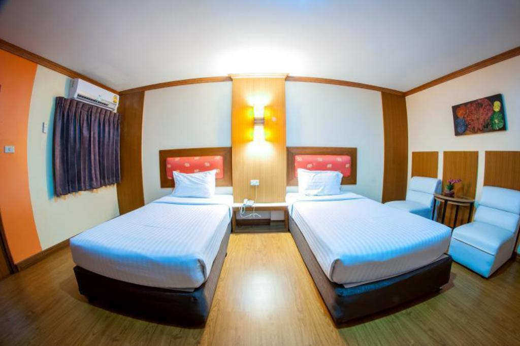 Standard Twin Bed Siam Boutique Hotel