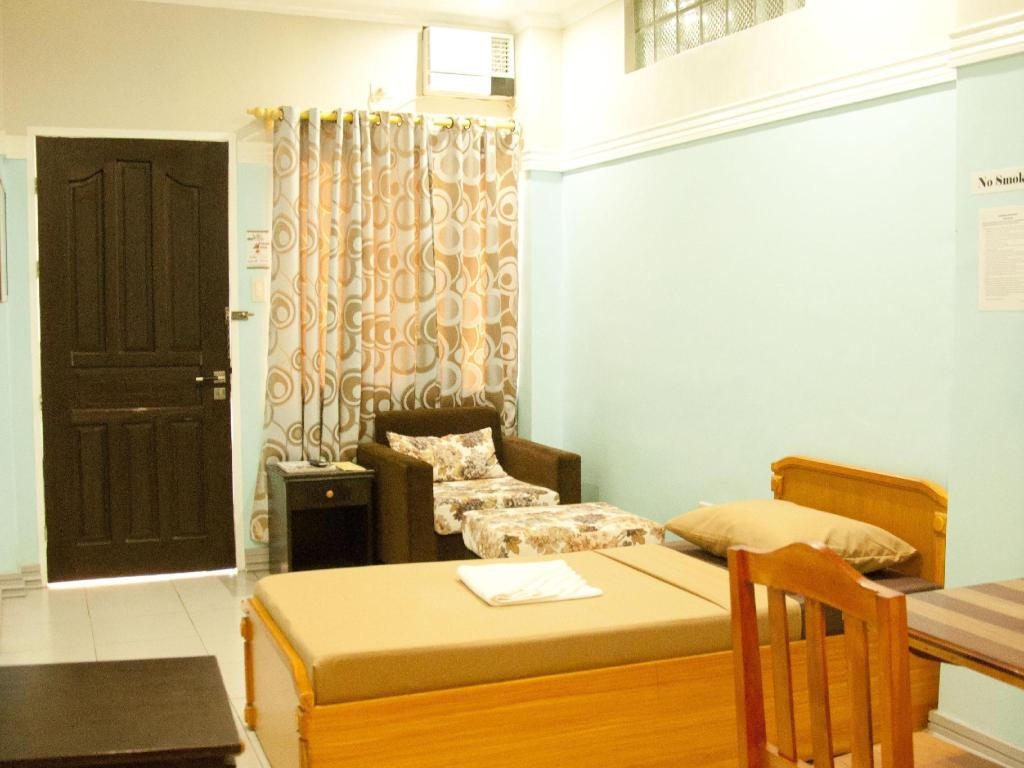 Single Bed Zamboanga Town Home Bed and Breakfast