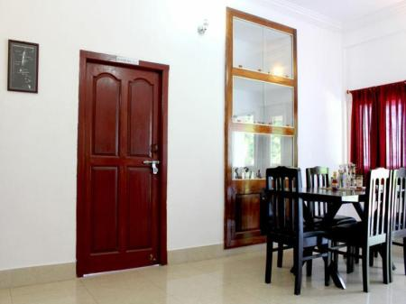 Interior view The Shelter Hotel - Port Blair