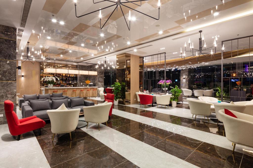 D'Qua Hotel in Nha Trang - Room Deals, Photos & Reviews