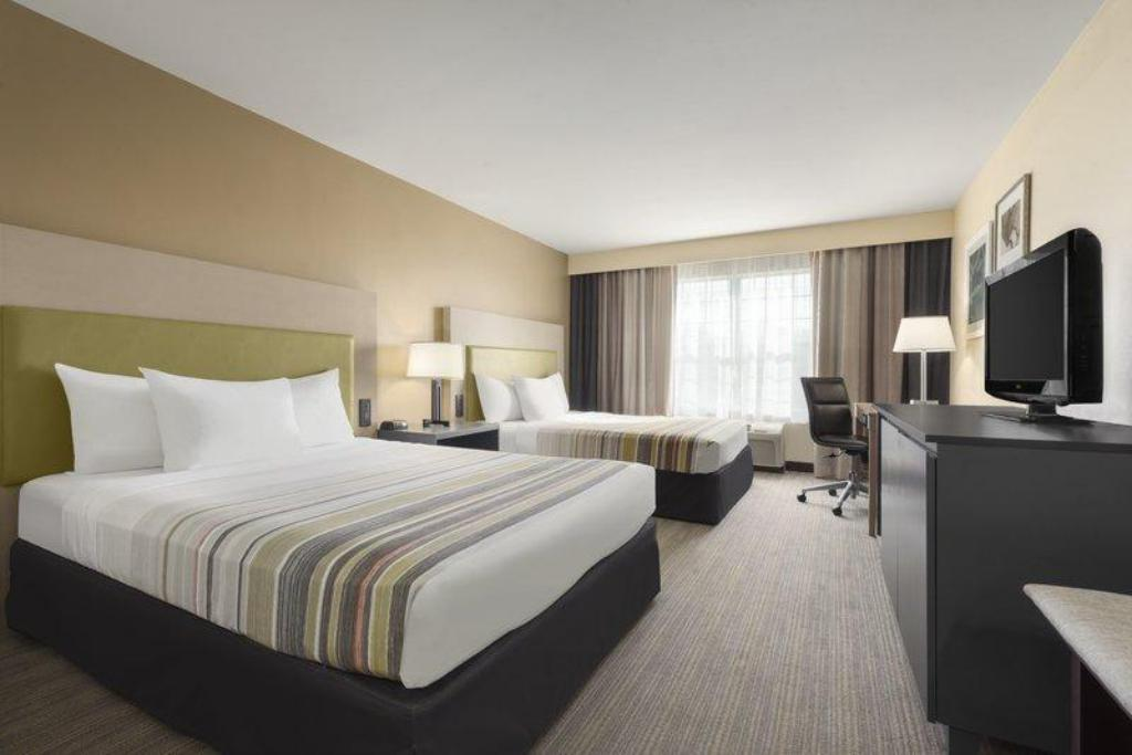 Country Inn & Suites by Radisson, Milwaukee Airport, WI in ...