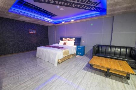 Deluxe Double Room with Hot Spring Bath Ting-Shuai Motel