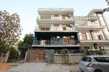 Vista exterior SilverKey Executive Stays 36883 Greater Noida