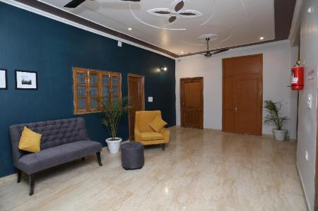 Vestíbulo SilverKey Executive Stays 36883 Greater Noida