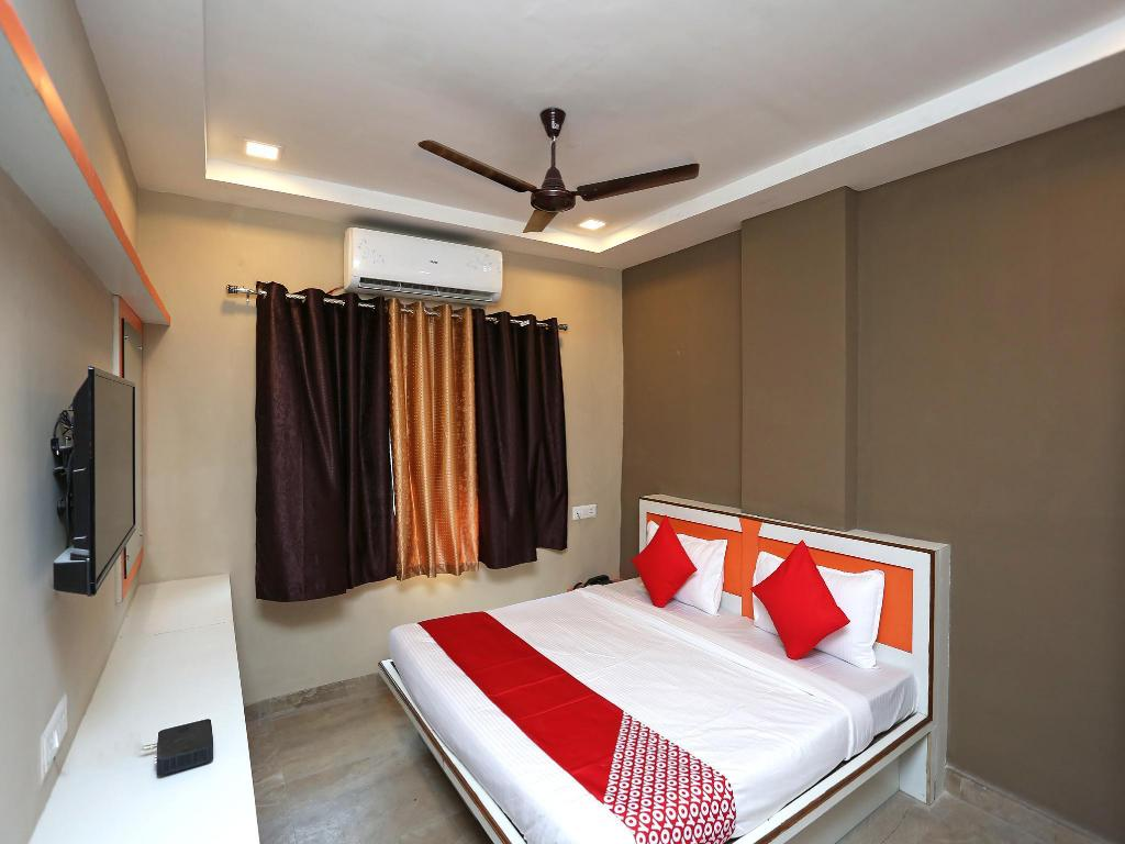 Collection O 19852 Queens Castle Raipur 2020 Updated Deals 922