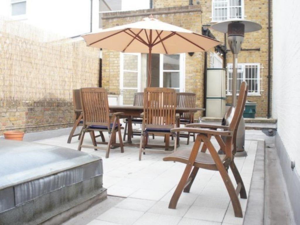 Balcony/terrace A Home To Rent at South Kensington - The Brompton Apartment