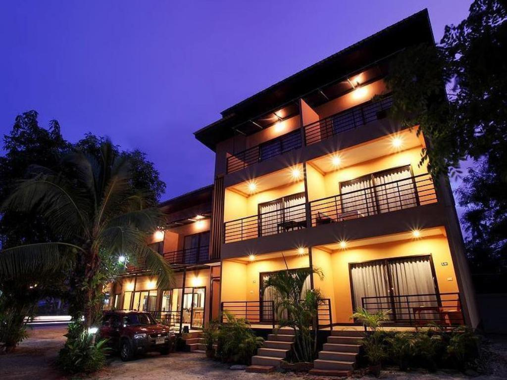 More about Yousabuy Residence