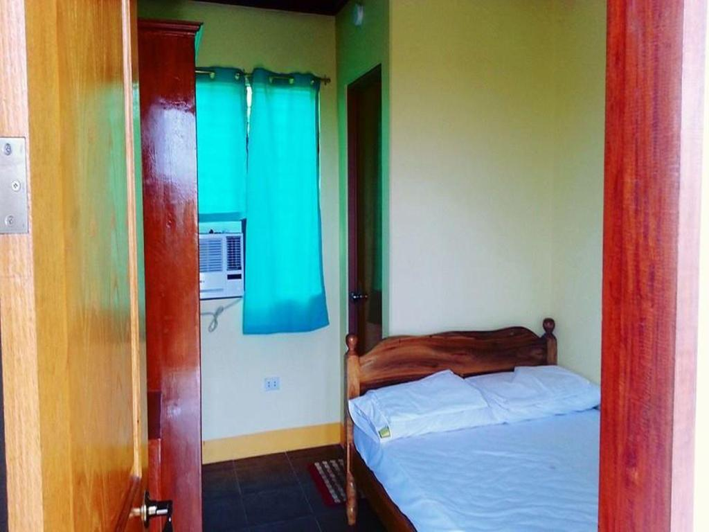 See all 42 photos Royal Paradise Guesthouse
