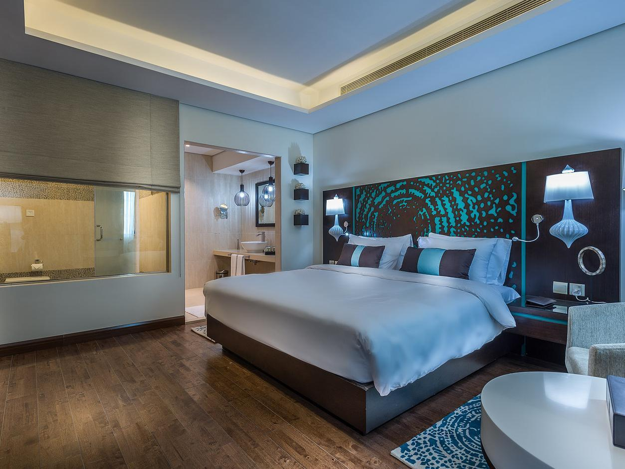 Cassells Al Barsha Hotel 4 (Dubai, United Arab Emirates): description of rooms, service, photo and reviews
