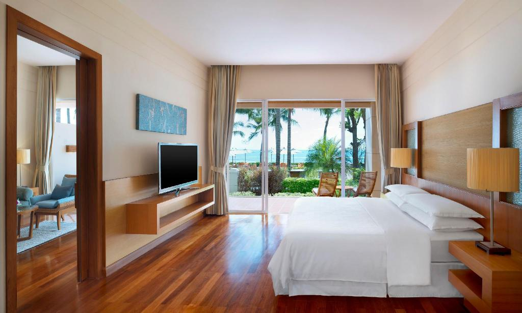 Ocean Suite, 1 Bedroom Suite, 1 King, Oceanfront - Gulta