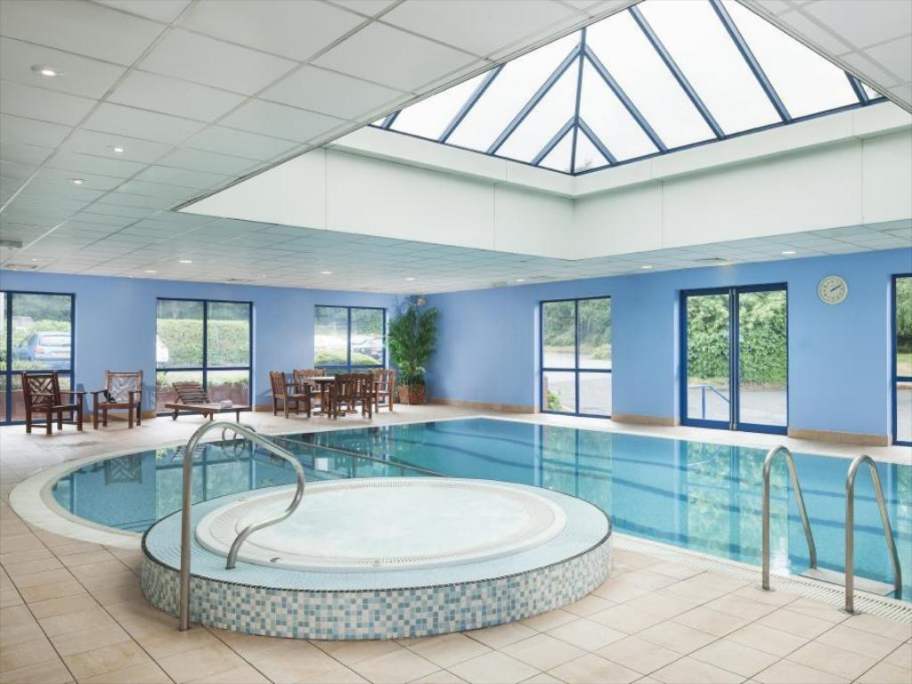 Best price on park inn by radisson birmingham west in - Hotels with swimming pools in birmingham ...