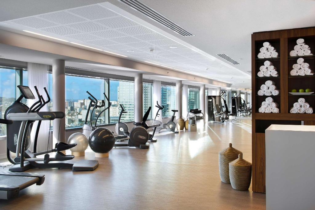 Fitness center Melia Paris La Defense Hotel