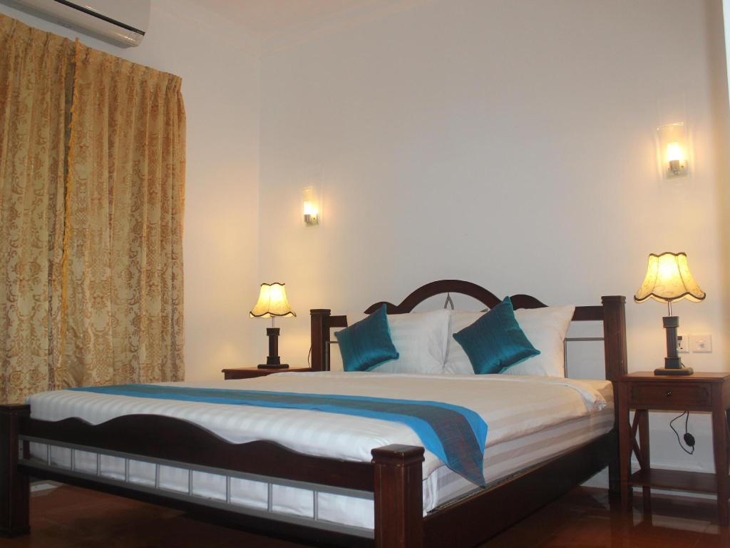 Deluxe Double Room - Bed Independence Villa