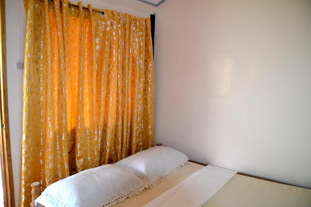 2 Double Executive - Bed Kiangan Homestay