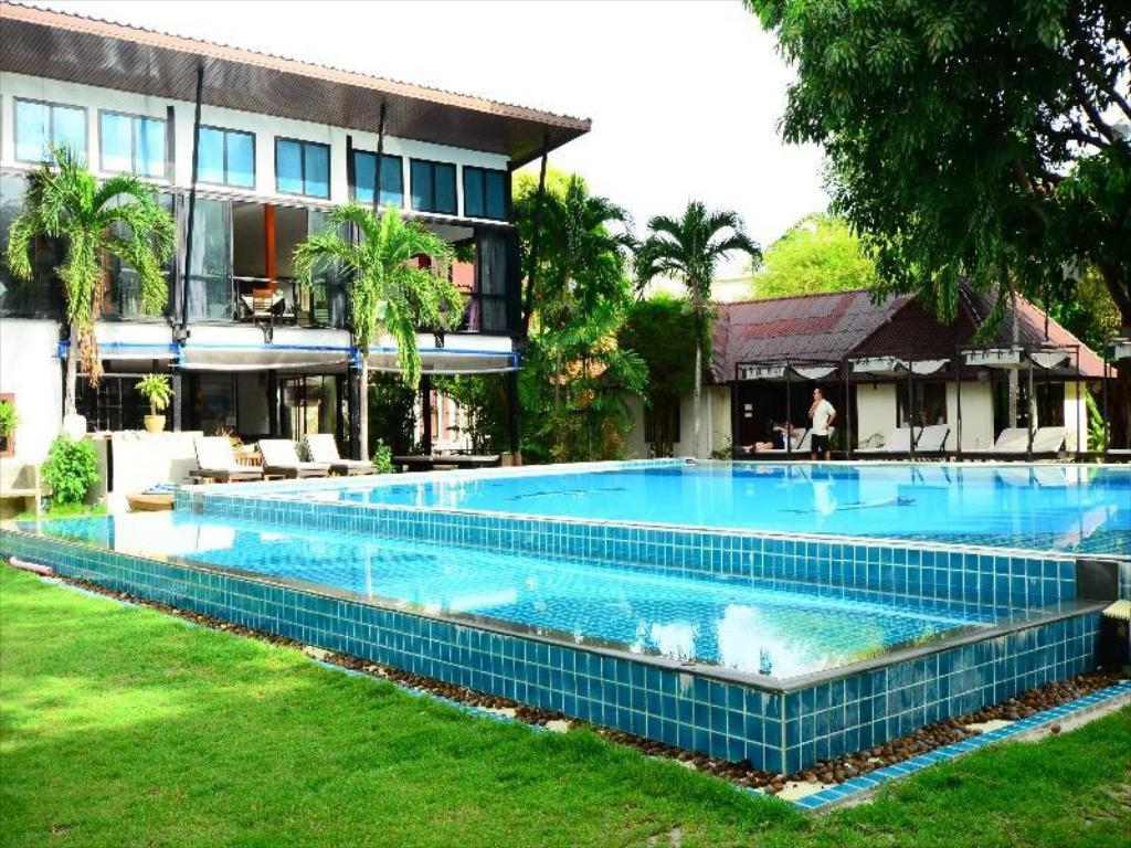 More about Phi Phi Villa Resort