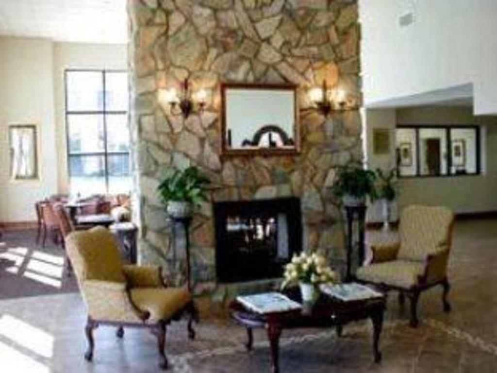 Carmel River Inn in Carmel By The Sea (CA) - Room Deals, Photos ...