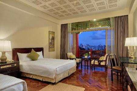 Double Deluxe City View - Guestroom The Grand Hotel Kaohsiung