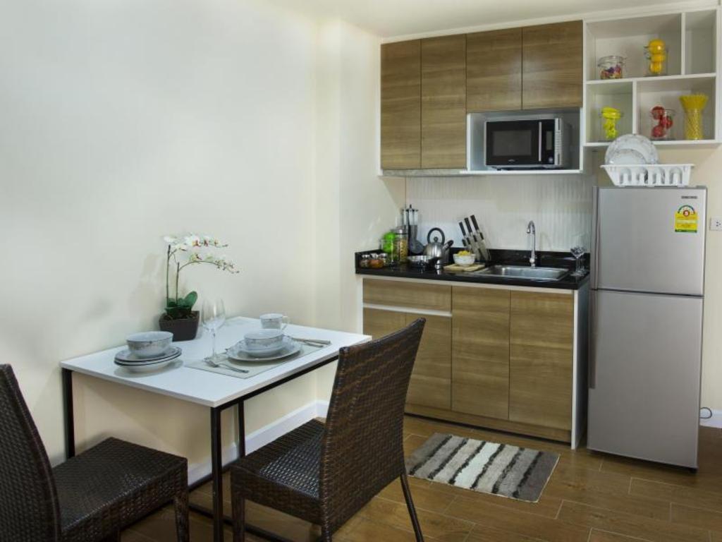 BBG Seaside Luxurious Service Apartment Chonburi Thailand
