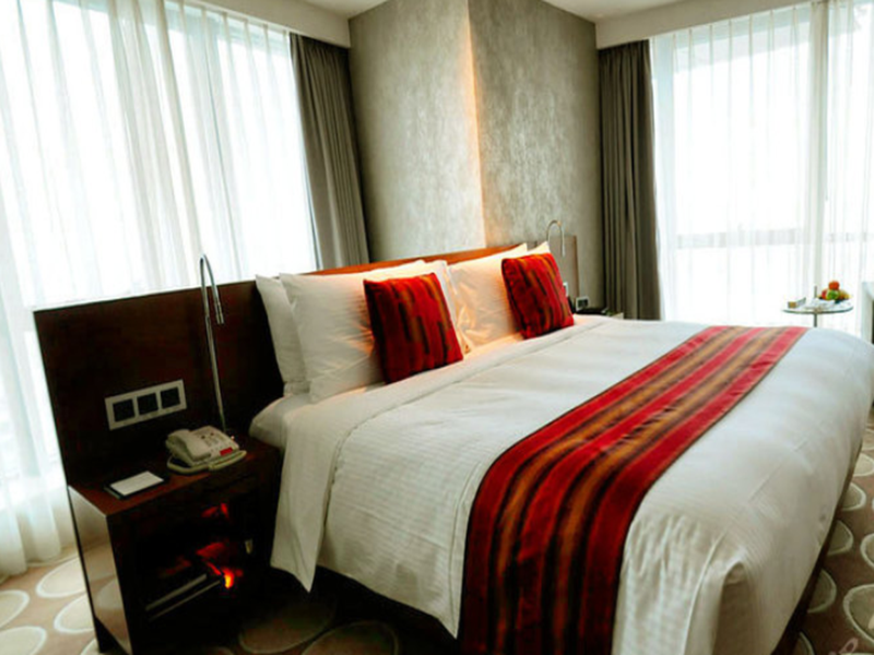Kamar Deluxe – Paket Tur Kota (Deluxe Room - City Tour Package)