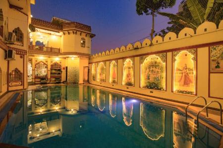 Swimming pool Umaid Bhawan - A Heritage Style Boutique Hotel