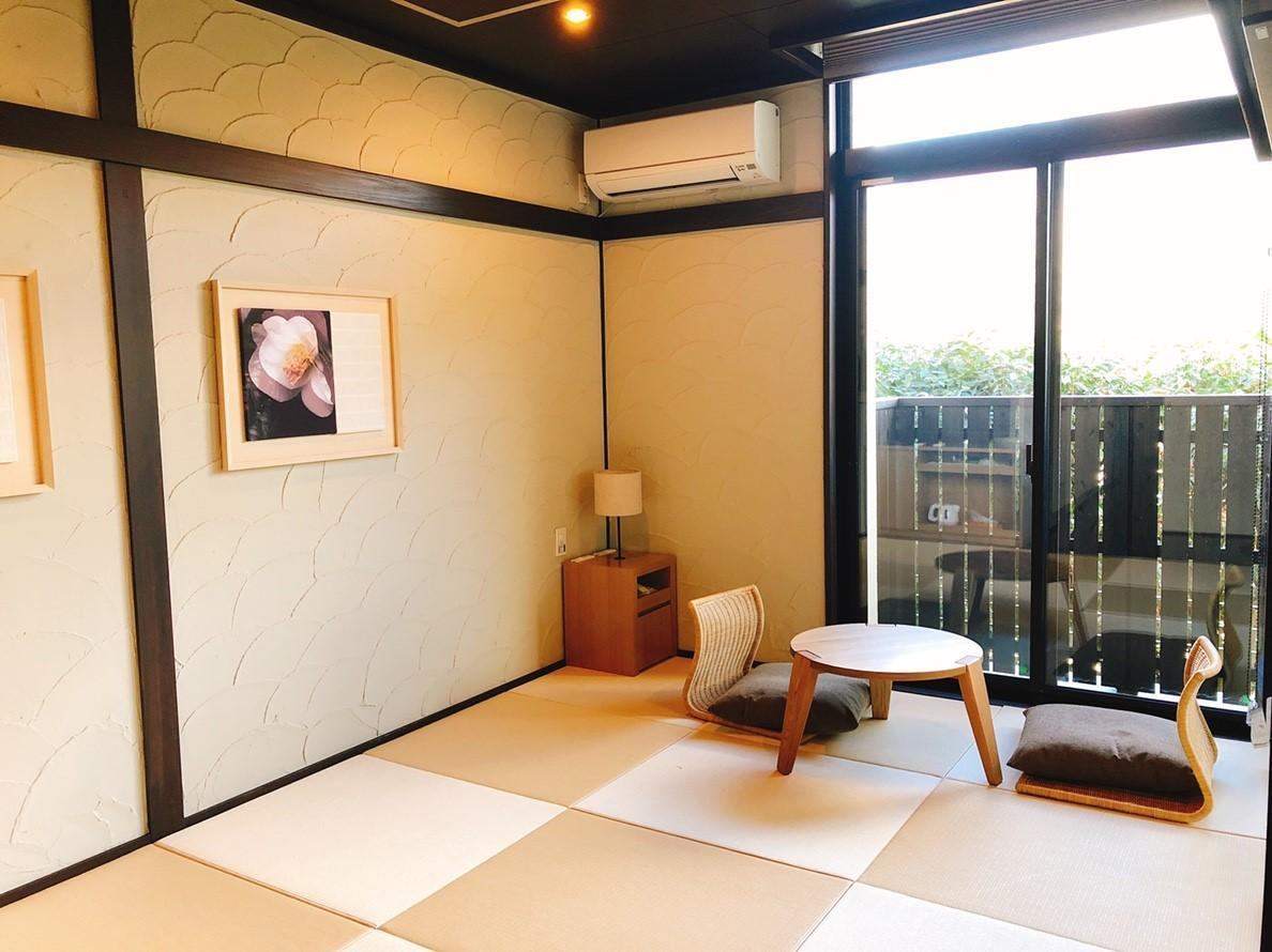 Japanese Western Style Semi-Double Room with Private Hot Spring Bath - Non-Smoking