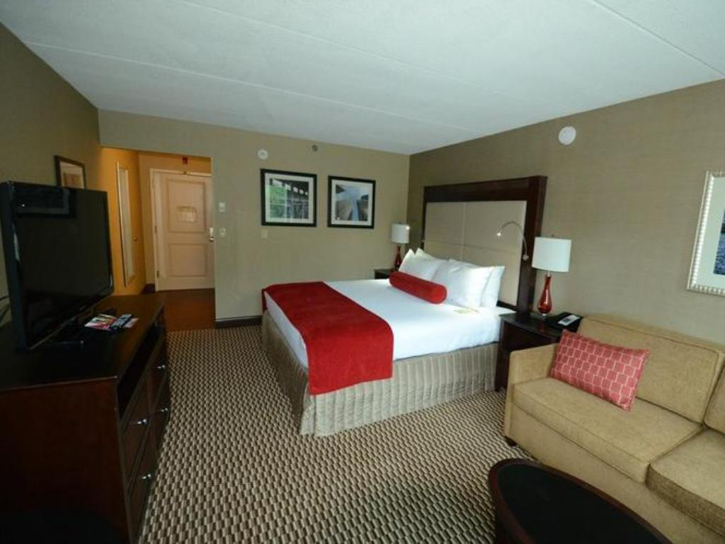Standarta - Viesistaba Crowne Plaza Boston - Woburn