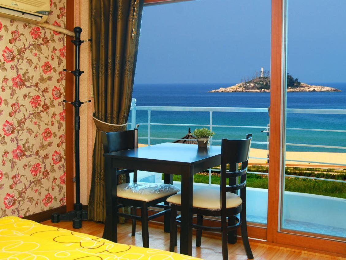Double Room with Seaside View