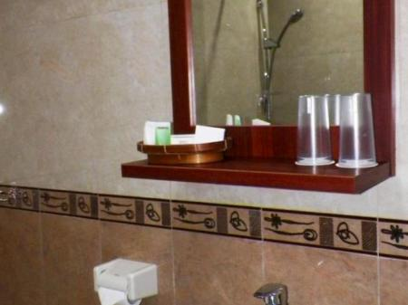 Bathroom Maranatha Grand Hotel