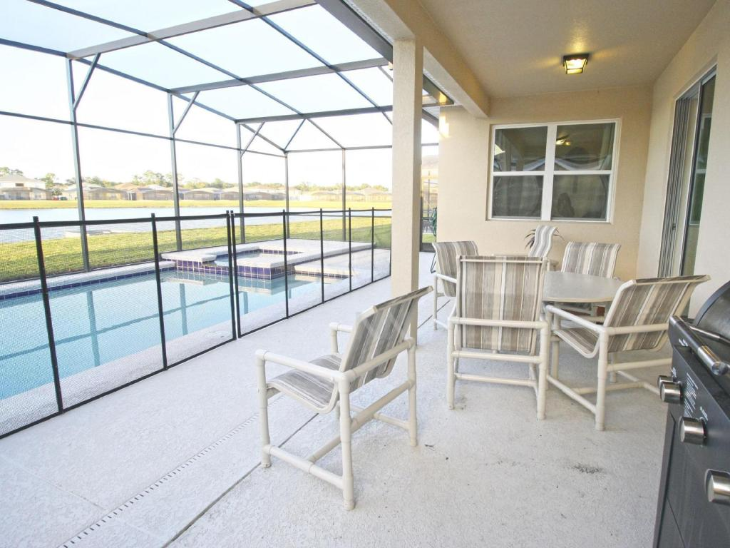Swimming pool Favorite Homes Kissimmee