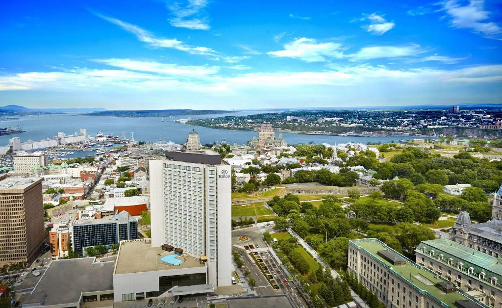 More about Hilton Quebec Hotel
