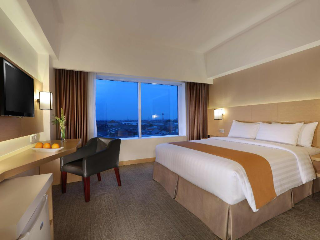 Kamar Superior - Pemandangan Aston Semarang Hotel and Convention Center