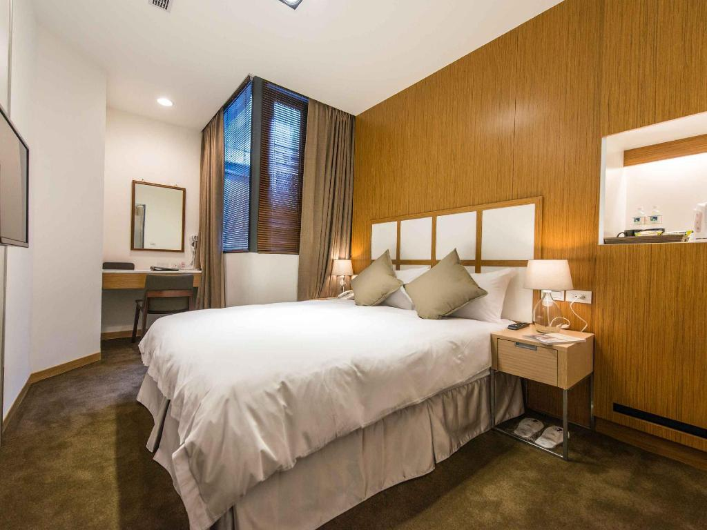 Book rose boutique hotel ximen in taipei taiwan 2018 promos for Design hotel ximen