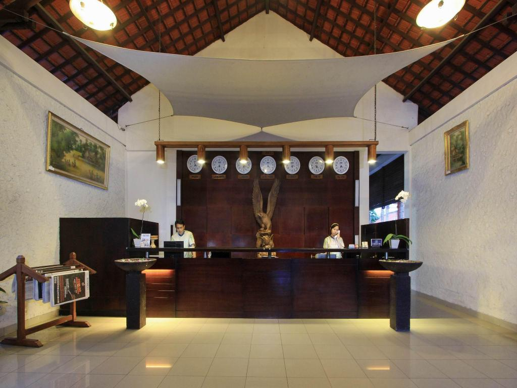Lobby Kuta Lagoon Resort & Pool Villa