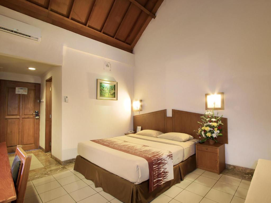Standard Room - Bed Kuta Lagoon Resort & Pool Villa